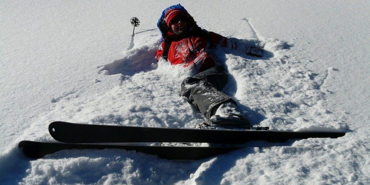 Skier fallen in snow